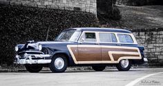 1954 Ford Country Squire Stationwagon....