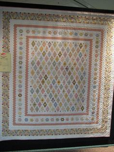 Insanity by Rhonda Pearce.  Half inch hexagons. This quilt is on my To Do list.
