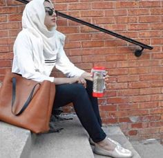 sporty hijab gym outfit- Chic hijab outfits from instagram http://www.justtrendygirls.com/chic-hijab-outfits-from-instagram/