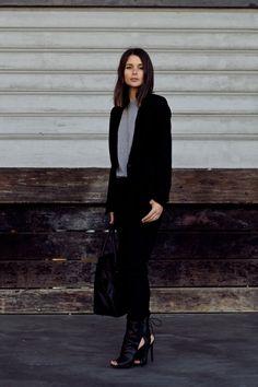 grey T + black relaxed blazer + skinnies