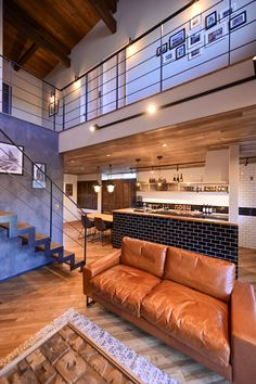 Building Stairs, Wood Wallpaper, Wood Ceilings, Garage House, Cafe Interior, Minimalist Home, Entryway Decor, Diy Home Decor, House Design