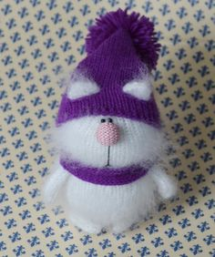 Cat White in Purple Hat  Hand-Knitted Miniature cat Amigurumi