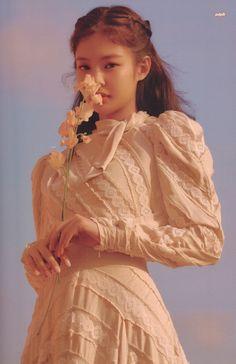Your source of news on YG's biggest girl group, BLACKPINK! Blackpink Jennie, Black Pink Kpop, Peinados Pin Up, Blackpink Photos, Blackpink Jisoo, Kpop Girls, Korean Girl, My Idol, Girl Group