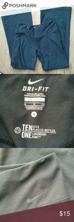 Nike Dri Fit Active Yoga Pants Women's Nike Dri Fit Black Active Yoga Pants. In like new condition minimal to no pilling. Size Small. Nike Pants Track Pants & Joggers