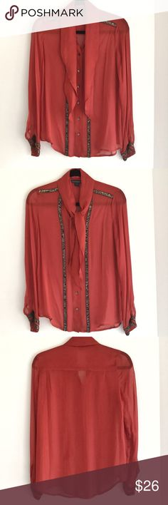 French Connection Blouse Beautiful! Excellent condition.  ❗️Please inquire about the sizing/fit before purchasing. I recommend the brand's sizing guidelines as a good reference. French Connection Tops Blouses