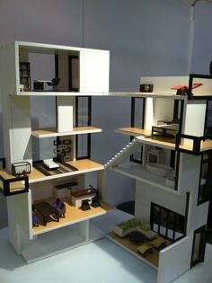 1000 images about mini mondes inspirations on pinterest modern dollhouse doll houses and dollhouses brinca dada bennett house modern dolls
