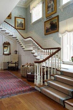 The main staircase of an Century house. The main staircase of an Century house. Living Room Blinds, House Blinds, Living Rooms, Outdoor Blinds, Patio Blinds, Bamboo Blinds, English Decor, English Country Decorating, English Interior