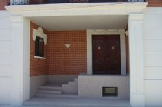 Red brick homes on pinterest orange brick houses red - Casas de ladrillo visto ...