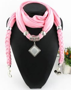 Audrey Scarf ™ Hoysala Diamond Scarf - a fashionable scarf to keep you warm. Diy Jewelry Necklace, Scarf Necklace, Fabric Necklace, Scarf Jewelry, Fabric Jewelry, Beaded Jewelry, Handmade Jewelry, Necklaces, Jewellery