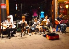 A group of musicians entertains passerby on a street near Itaewon station.  Busking culture has become quite popular in Seoul recent years.  Keep an eye out for these lively performances on your next visit to Seoul.
