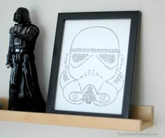 Stormtrooper Art Project: How to Make Your 5 Year Old Boy's Whole Life Geek Crafts, Adult Crafts, Diy Crafts, Diy Wall Art, Diy Art, Stormtrooper Art, How To Make Drawing, Geek Art, Easy Paintings