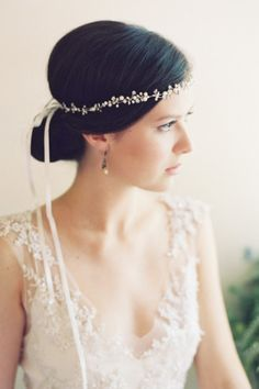 Delicate strand bridal crown: http://www.stylemepretty.com/2014/12/02/20-of-our-favorite-bridal-headbands/ #SMPLookBook