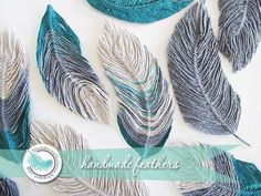 """You can never have too many ideas for making embellishments and this tutorial by """"Blue Sky Confections"""" shows you how to make feathers using wire and yarn! Crafts Free Tutorial: How to use yarn to make feathers Yarn Projects, Crochet Projects, Macrame Patterns, Crochet Feathers Free Pattern, Crochet Ideas, Crochet Dreamcatcher Pattern Free, Art Fil, Yarn Crafts, Arts And Crafts"""