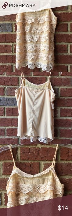 Umgee top.  Size M Cute spaghetti strap crocheted front top. 60% cotton/40% rayon. Umgee Tops