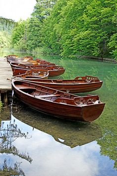 boats on Plitvice Lake, Plitvice National Park, Croatia