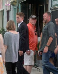 after first day on set, changed into a suit to leave 7-19-13 (26) (and of course Dean is always looking on!)