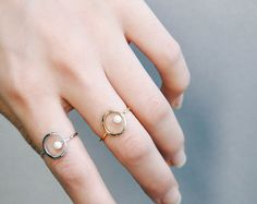 Circle Frame Pearl Band Ring Wire Ring 3 Color Polished by 4xtyle