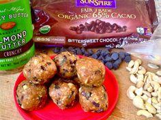 chocolate chip cookie dough balls [vegan + paleo]