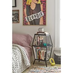 Metal Storage Cubby (105 CAD) ❤ liked on Polyvore featuring home, furniture, storage & shelves, black, metal furniture, display furniture, black metal furniture, black furniture and storage furniture