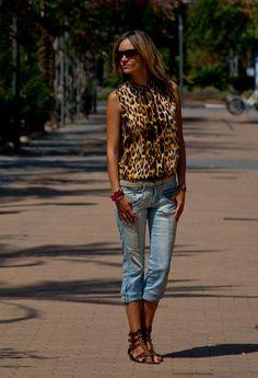 Animal Print  , Shana en Camisas / Blusas, Bershka en Jeans, Zara en Sandalias de gladiador