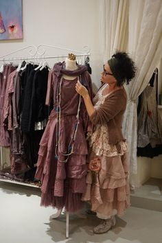 In the clothes paradise - piechotkas website! Mon style Im Kleiderparadies - piechotkas Webseite! Shabby Chic Outfits, Vintage Outfits, Bohemian Mode, Boho Chic, Mori Mode, Gypsy Style, My Style, Romantic Outfit, Romantic Clothing