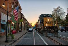 RailPictures.Net Photo: CSXT 4058 CSX Transportation (CSXT) EMD SD40-3 at LaGrange, Kentucky by Carlos Ferran