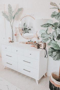 not my pic ! just edited by me ☻︎ Attic Bedroom Designs, Room Ideas Bedroom, Bedroom Decor, Cute Room Ideas, Cute Room Decor, Aesthetic Room Decor, Cozy Room, Home And Deco, My New Room