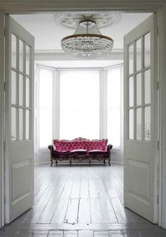 love the pink and the room