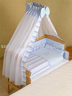 Let me start with the definition as usual : An infant bed (commonly referred to as a cot in British English, and in American English a crib) is a small bed specifically for infants and very young c… Baby Bedroom, Baby Room Decor, Kids Bedroom, Bedroom Sets, Baby Furniture Sets, Cradle Bedding, Baby Sleepers, Baby Cribs, Baby Sewing