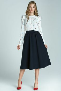 Navy Midi Skirt With Pockets - SilkFred Midi skirt outfits Mode Outfits, Office Outfits, Skirt Outfits, Dress Skirt, Dress Up, Fashion Outfits, Office Wear, Fashion Shirts, Navy Skirt Outfit