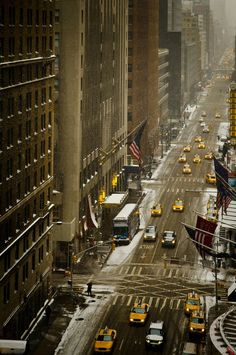 NYC, snow (by Sunset Noir)