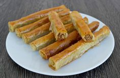If you love baklava, you can make this easy, vegan, healthier version at home. Walnuts wrapped in phyllo and drizzled with syrup is a perfect dessert any time of the day. Greek Sweets, Greek Desserts, Greek Recipes, Arabic Sweets, Baking Desserts, Fudge, Zucchini Patties, Graham, Phyllo Dough