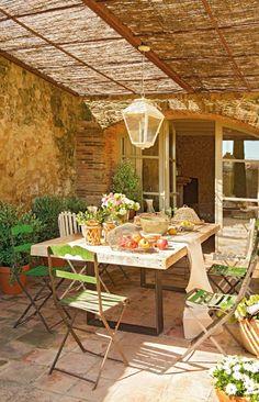 Una casa rústica con historia /A rustic house with history | Bohemian and Chic