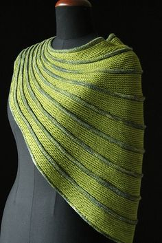 Batad by Stephen West, knitted by MagdalenaEska | malabrigo Sock in Lettuce and Ivy