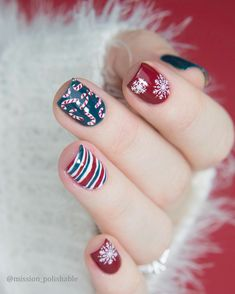 Christmas celebration nails, do you need it? More details shared in bornprettystore.com