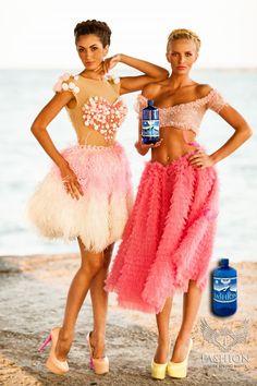 Campania Fashion Luxury Spring Water realizata de Fashiontv Romania - galerie foto Lace Skirt, Rave, Luxury, Spring, Skirts, Style, Fashion, Raves, Moda