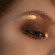 die - Maquillage - Make Up - Eye Make up Makeup Goals, Makeup Inspo, Makeup Tips, Hair Makeup, Makeup Ideas, Eyeshadow Makeup, Witch Makeup, Makeup Trends, Men Makeup