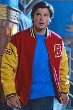 Samishleather present its most famous and desirable, Tom Welling Smallville Crows Vasity Jacket, with exclusive worldwide shipping. Tom Welling Smallville, Best Kids Costumes, Superhero Tv Series, Superman Movies, Leather Jackets For Sale, Chad Michael Murray, Clark Kent, Supergirl, Guys