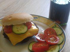 Heute: Lecker Burger selbstgebastelt ;)