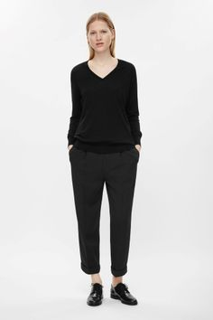 Straight cropped trousers