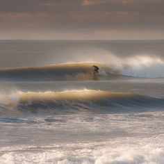 """See 32 photos and 5 tips from 460 visitors to New Plymouth. """"The O'Neill Aotearoa Surf Film Festival is also showing 'Bella Vita' on Tuesday 25 March. Surfing Images, Surfing Pictures, Surf Stickers, New Zealand Houses, Surf Shack, Sand And Water, Surf Art, Surf Style, Surfs Up"""