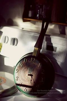 Vintage Frying Pan Clock Upcycle Revamp Diy Craft