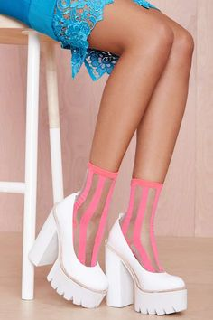Lined Up Socks - Pink
