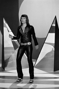 Johnny Halliday, Idole, Concert, Music Artists, Musicians, 3 D, Leather Pants, Images, Punk