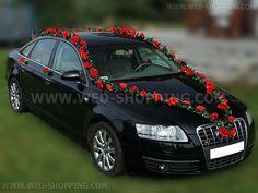 Wedding Car Garlands Red Roses - decoration kit for black or white getaway car http://tinyurl.com/lkexxxf