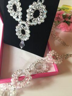 Brautschmuck  (Schmuckset 14) bestehend aus Collier,  Armband  und Ohrringen, plus Schmucketui, Farbe pink,  im Format  16 cm x 12 cm   Erhältlich in meinem Etsy - Shop