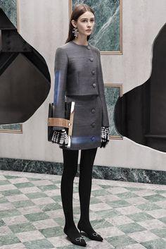 http://www.style.com/slideshows/fashion-shows/pre-fall-2015/balenciaga/collection/2