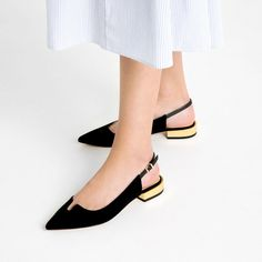 Image 2 of GOLDEN HEEL SLINGBACK LEATHER SHOES from Zara