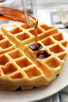 Dutch Cream Waffles INGREDIENTS 1 cup flour ¼ teaspoon salt 3 eggs, separated 1 cup heavy whipping cream