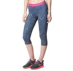 NikePro Bash Capri Pants